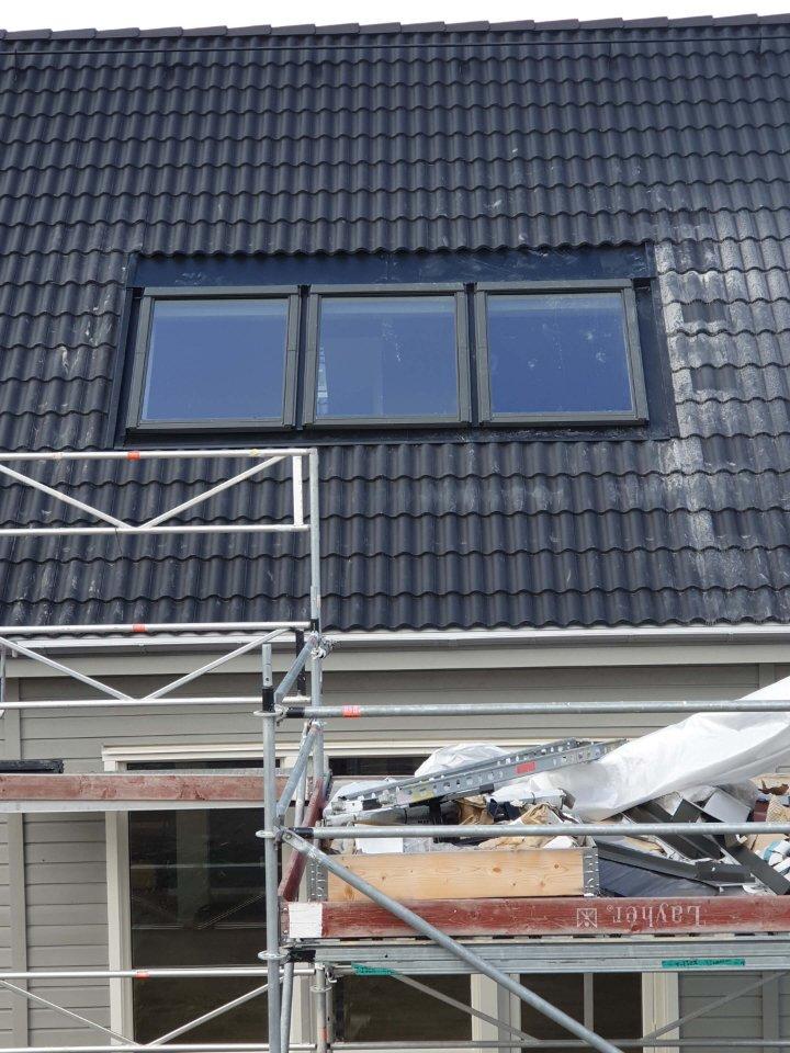 inklädnad av takfönster